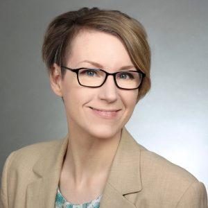 Dr. Annika Backe-Dahmen